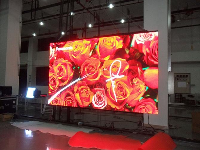 Indoor светодиодный экран